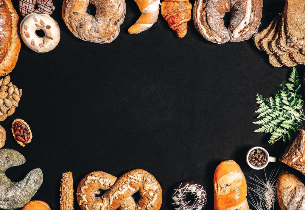 Eine breite Auswahl an Brötchen und Brot ist essentiell für jedes Frühstück und Brunch